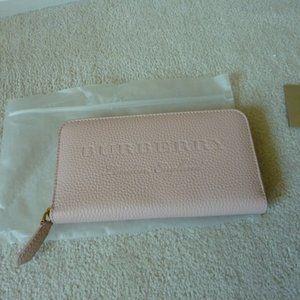 BURBERRY London England Zip-Around Leather Wallet